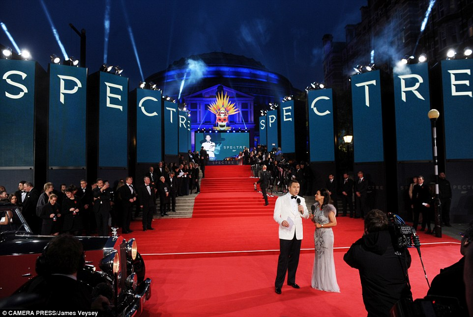 Anna Valley provides stunning AV backdrop for world premiere of new James Bond film