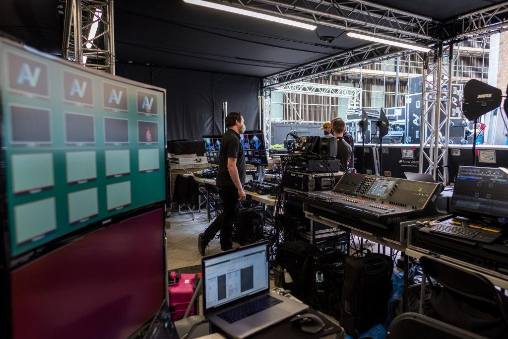 The latest hologram technology at the BAFTA TV Awards 2021